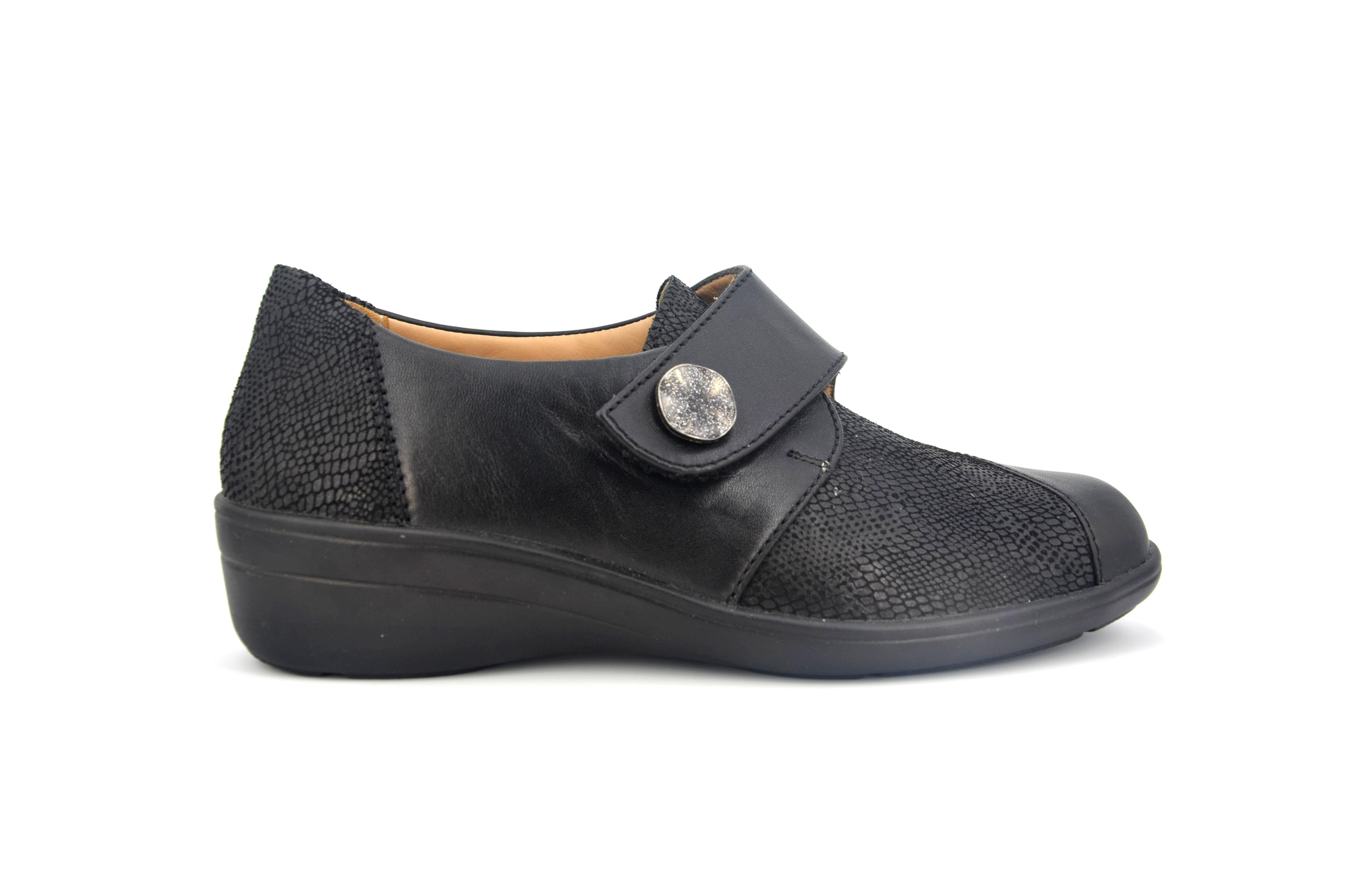 d3644abdc97c 084 « Kompas Shoes